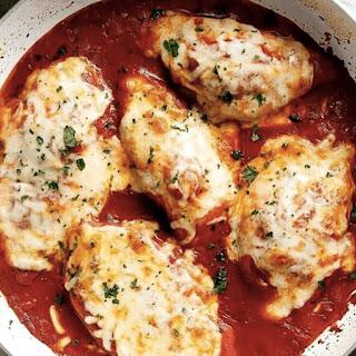 Mozzarella Chicken In Tomato Sauce.