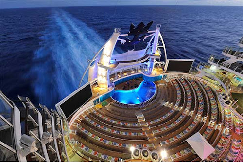 Head to the AquaTheater on Harmony of the Seas for high-energy theatrical productions.