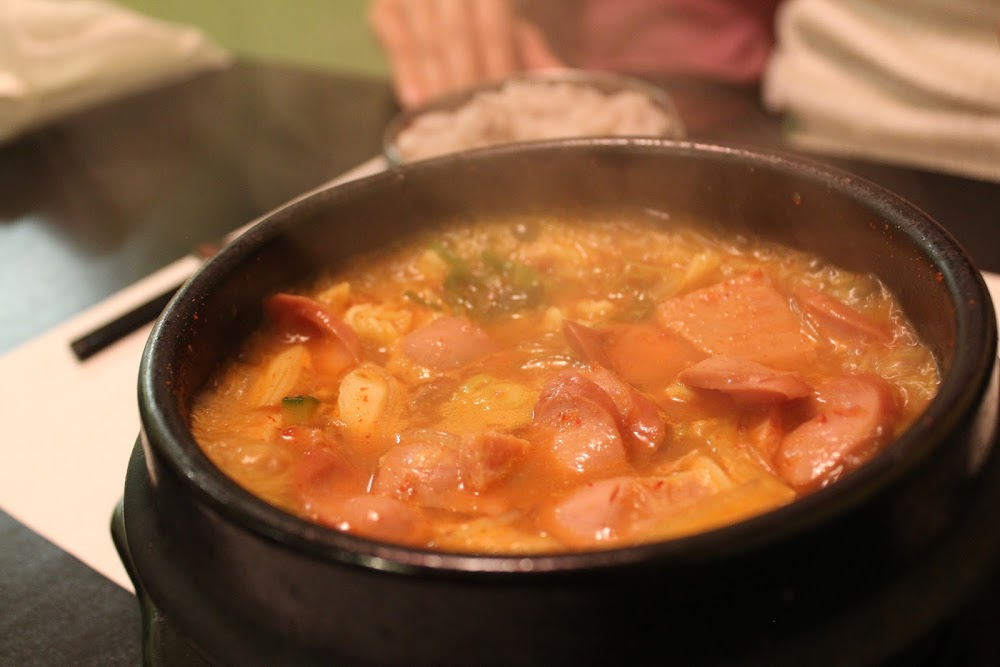 Military Stew or Buddaejiggae at Windsor Seoul (부대찌개)