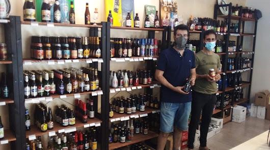 La 'biblioteca' de la cerveza está en la calle Rueda López