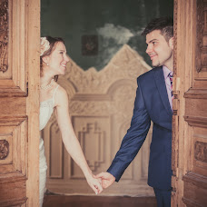 Wedding photographer Elena Nikolaeva (springfoto). Photo of 27.03.2014