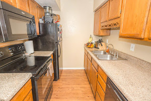 VictorianCarrier Arms Apartments For Rent in Grand Prairie  Texas. 3 Bedroom Apartments In Grand Prairie Tx. Home Design Ideas