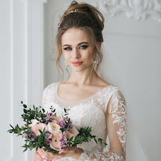 Wedding photographer Darya Ovchinnikova (OvchinnikovaD). Photo of 15.03.2018