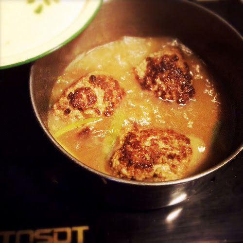 braised, chinese, Lion's Head Meatball, meatball, recipe, shanghai, shanghainese, 上海, 獅子頭, 紅燒, pork
