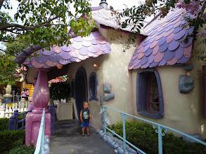 Photo: Disneyland - Minnie's House