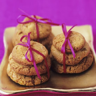 Piles of Spiced Cookies