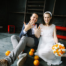 Wedding photographer Sveta Obolenskaya (svetavesna). Photo of 12.01.2016