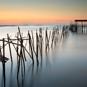 Dead Pier by Nuno Martins - Buildings & Architecture Bridges & Suspended Structures ( sunset, comporta, alentejo, carrasqueira, pier, long exposure )