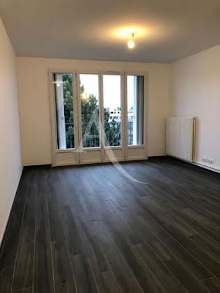 Location studio 29,27 m2