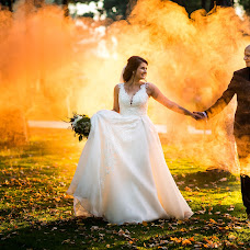 Wedding photographer Theo Manusaride (theomanusaride). Photo of 17.01.2018