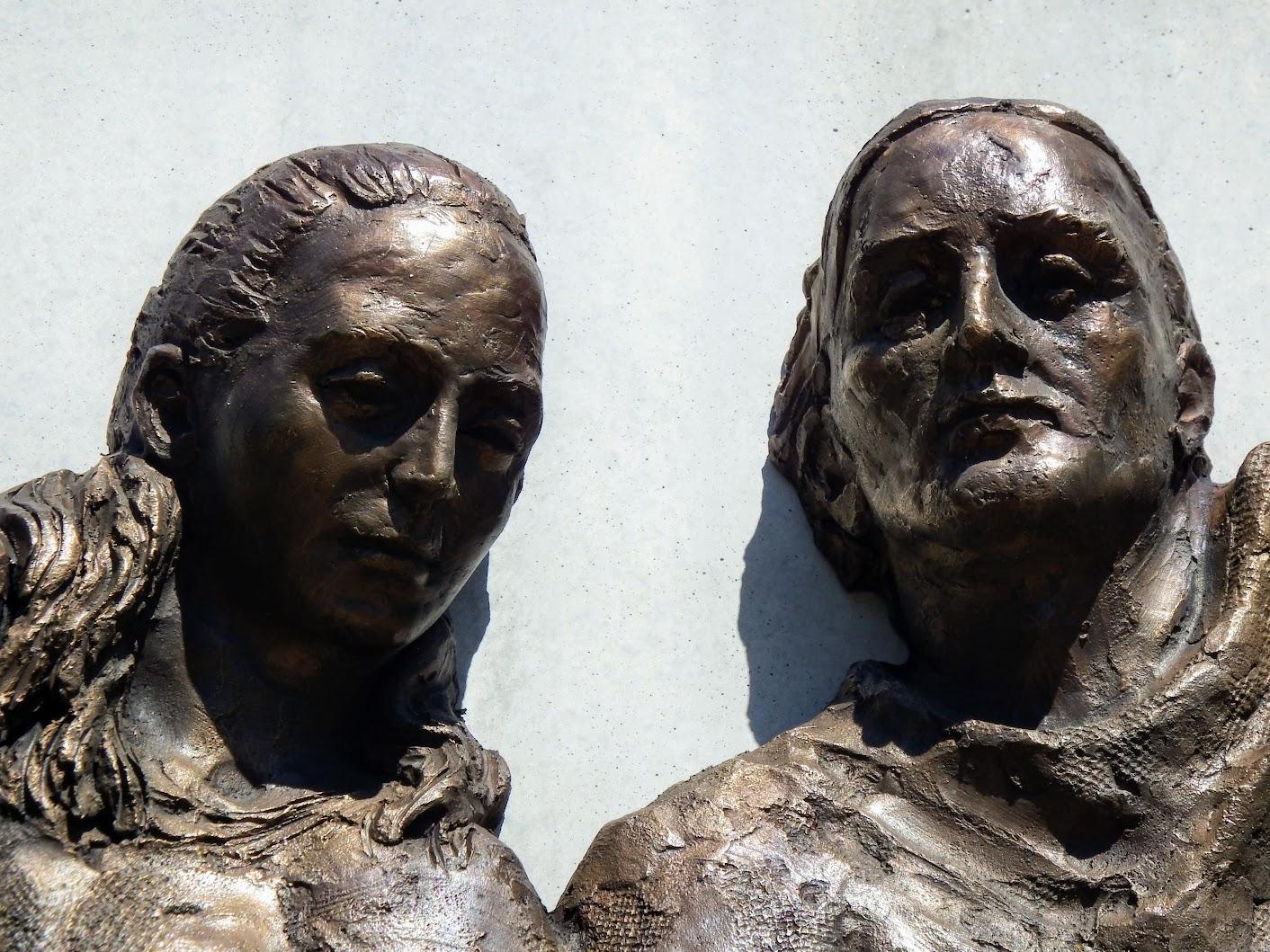 Győr-Nádorváros - Csillaggyermek emlékhely a Szentlélek téren, a köztemetőnél