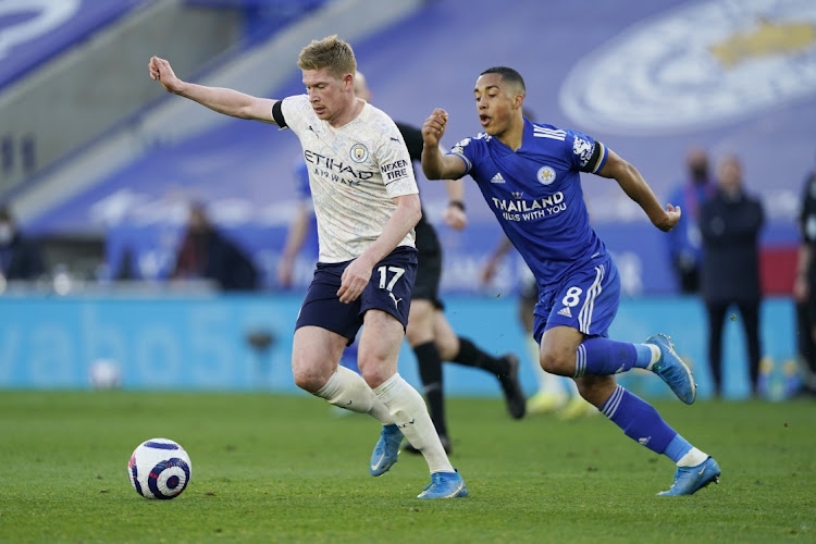 Manchester City's Kevin de Bruyne challenges for the ball with Leicester City's Youri Tielemans during the match in Leicester, Britain, April 3 2021. Picture: REUTERS/TIM KEETON