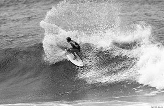 Photo: Photo of the Day: Stephanie Gilmore, Snapper Rocks. Photo: Ellis #Surfer #SurferPhotos
