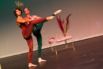 Photo: Grass Choreographer: Michelle Brown Dancers: Michelle Brown, Shelby Ogden  Photo By: Stan Plewe