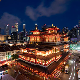 Budah Tooth Relic Temple by Gonzalo Ruiz - City,  Street & Park  Historic Districts ( singapore, budah, chinatown, temple, tooth )