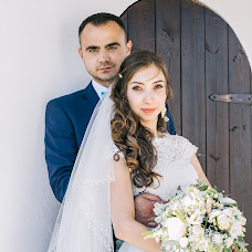 Wedding photographer Ekaterina Smurovskaya (EkaterinaSmurovs). Photo of 21.06.2016