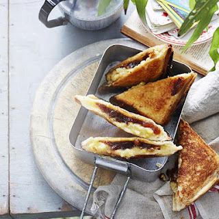 Grilled Cheese with Caramelized Onion and Creamed Corn