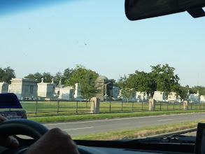 Photo: Le fameux cimetière de la Métairie, immense