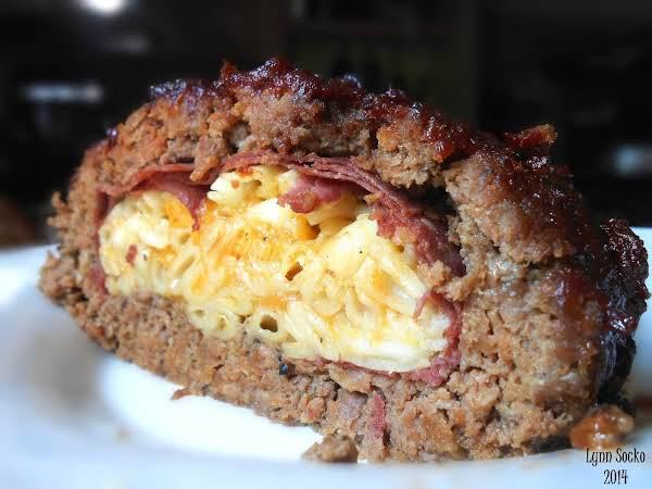 Mac & Cheese Stuffed Bbq Meatloaf