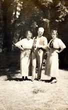 Photo: Carol Marks, Mervyn Raphael Marks and Celia Heyman Marks