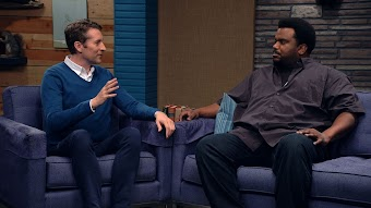Craig Robinson Wears a Bordeaux Button Down and Dark Jeans