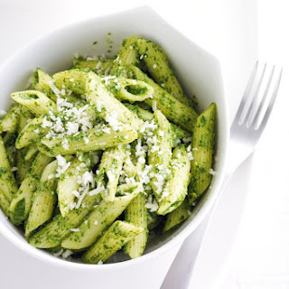 Penne With Spinach And Almond Pesto