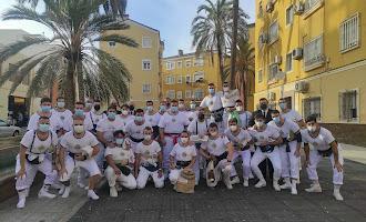 Los primeros costaleros de Almería: sale el Rosario