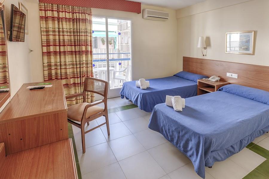 Room L Vista Mar