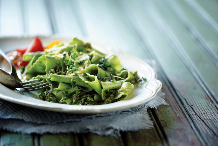 Pasta with Grilled Asparagus Pesto