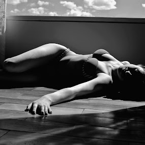 Lady by Camilo Monery - Nudes & Boudoir Artistic Nude