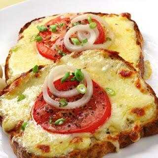 Simple Pizza Toast