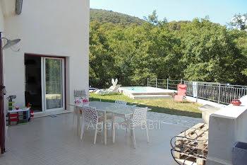 villa à Gattières (06)