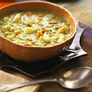 Crock Pot Vegetarian Split Pea Soup (Vegan).