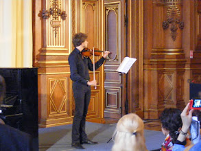 Photo: There are well-received music recitals throughout the day.