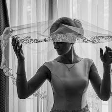 Wedding photographer Oleg Berlizev (OLBER). Photo of 06.08.2017