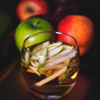 Apple Bushel Cocktail.