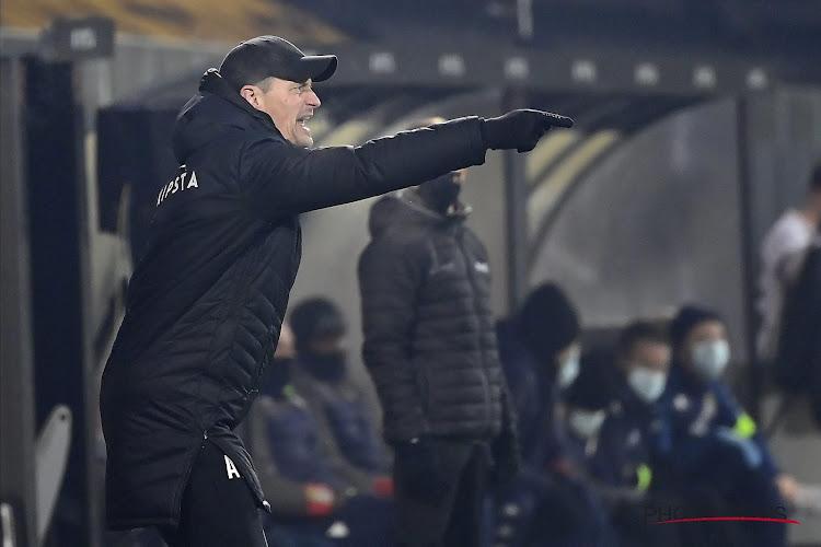 """KVO-coach Blessin niet tevreden na verlies tegen Club: """"Zeer moeilijk om te aanvaarden, moeten twee penalty's krijgen"""""""