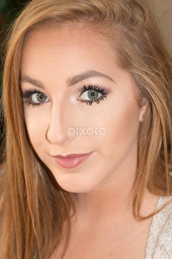 Grey Eyes Girl