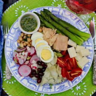 Salade Niçoise á la Farmer's Market