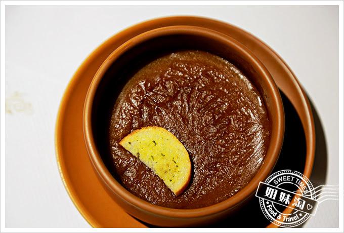 新國際西餐廳法式洋蔥濃湯2