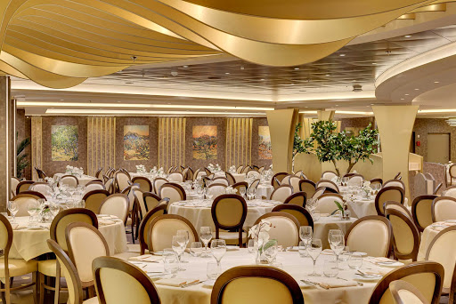 msc-meraviglia-olivo-dorato.jpg - L'Olivo d'oro and L'Olive doree are two of the main restaurants on MSC Meraviglia, included in the fare.