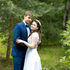 Wedding photographer Lidiya Krasnova (liden4ik). Photo of 11.08.2014