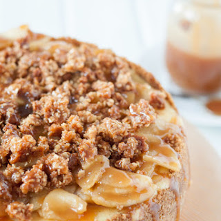 Caramel Apple Vanilla Bean Cheesecake with Streusel Topping.