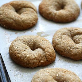 Italian Wine Einkorn Cookies-Ciambelline al Vino Rosso.