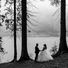 Wedding photographer Mikhaylo Bodnar (mixanja). Photo of 14.12.2018