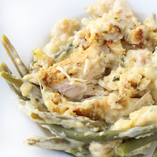 Slow Cooker Creamy Chicken Breasts with Green Beams