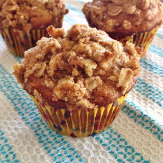 Banana Yogurt Muffins with Streusel Topping