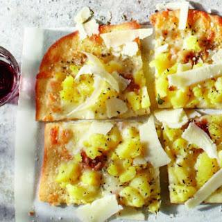 Potato and Rosemary Pizza