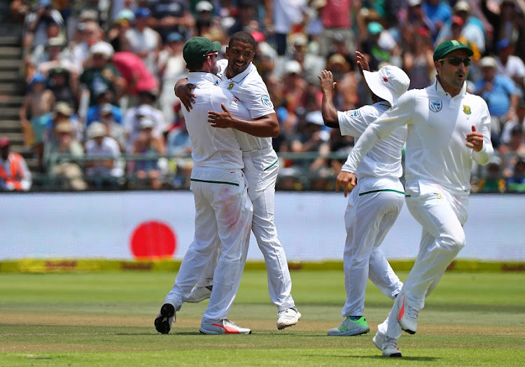 Vernon Philander of South Africa celebrates with teammates after taking the wicket of Ravichandran Ashwin of India during day 2 of the 2018 Sunfoil Cricket Test Match between South Africa and India at Newlands Cricket Ground, Cape Town on 6 January 2018.