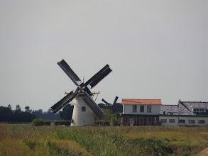 Photo: Molens van Elkerzee de Lelie en 't Hert in Ellemeet